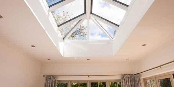 Choosing the best skylight for your extension