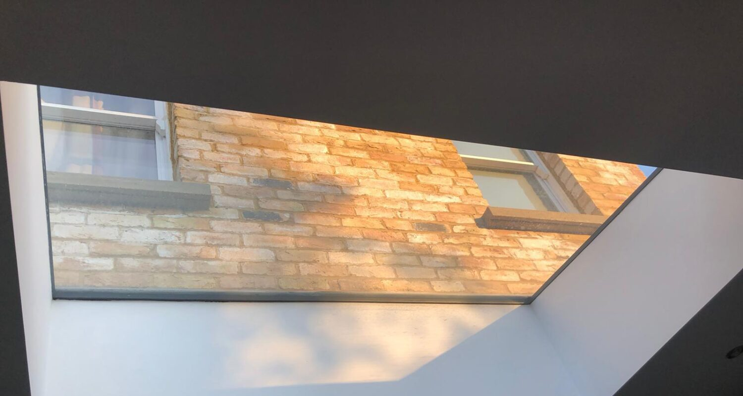 Frameless flat skylight 12