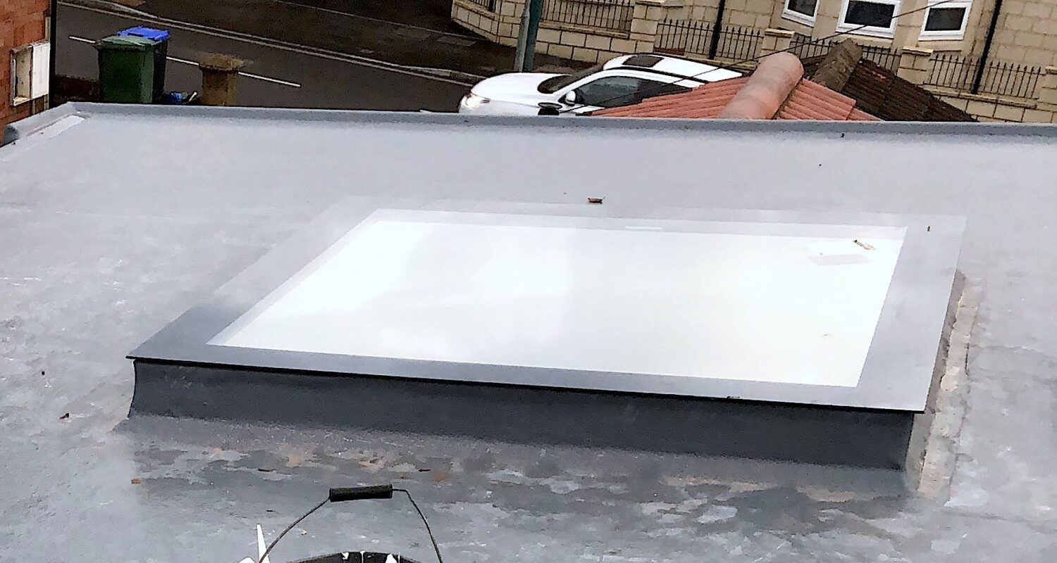 Frameless flat skylight 2