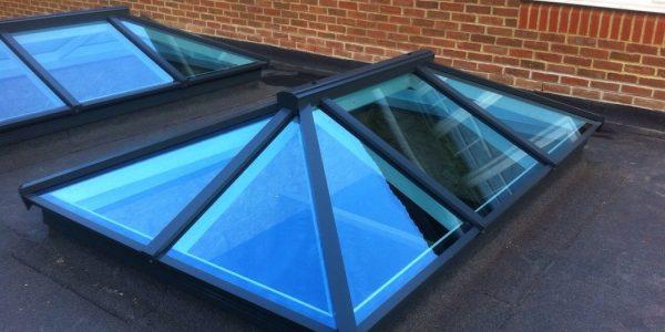Aluminium skylight vs. uPVC skylight - 5 key differences.